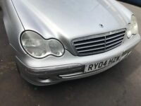 04 MERCEDES C180 PETROL MANUAL THIS CARS FOR PARTS FOR ANY PARTS CALL ON