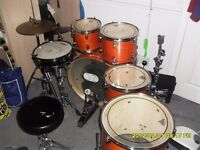 Drum Kit 10 piece Mapex Maple wood with soft cases and hard ware and cymbals great condition!