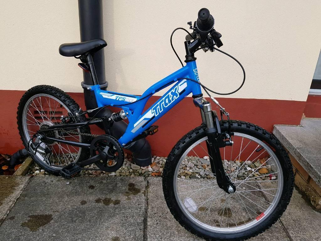 "Kids / Childs Trax 20"" bike in blue"