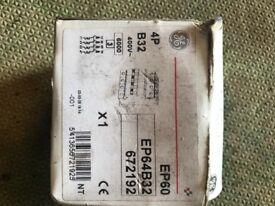 Breaker EP64B32 400v