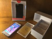 iPhone 6/ 16GB / Unlocked / Space grey- White / boxed with brand new accessories £135.00