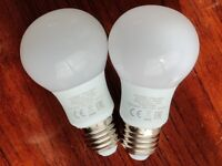 2 x PHILIPS light bulbs 220-240V 5W 6500K E27 470lm 55mA lightly used excellence condition