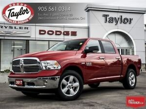 2017 Ram 1500 SLT Crew Cab 4x4 V8 w/8-Speed Automatic