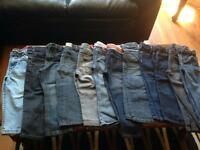 Lots of jeans !!!