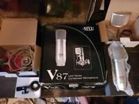 V87 Micophone
