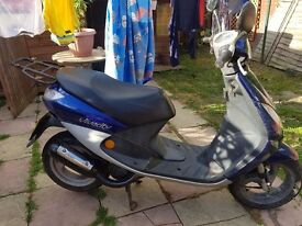50cc vivacity moped blue