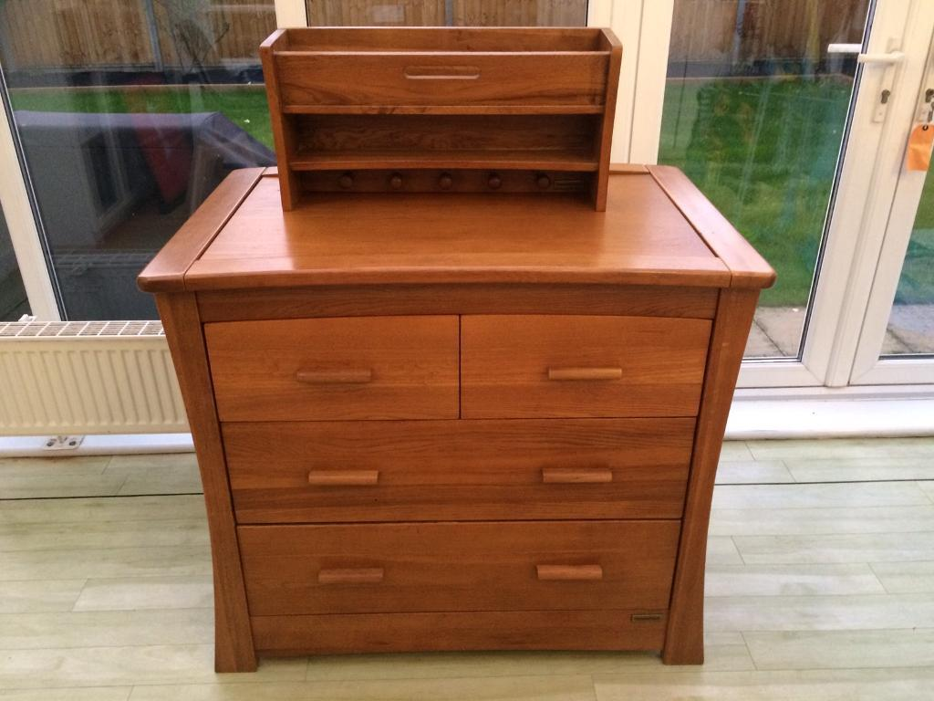 Mamas and papas changing table dresser and shelf