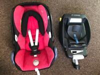 Maxi cosi cabriofix baby seat 0+ include newborn insert and easy fix base