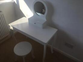 Kids Dressing table, mirror and stool