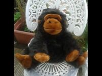 LARGE SOFT GORILLA TOY. KEEL TOYS. LOTS OF SOFT TOYS FOR SALE. BEDROOM. NURSERY. COLLECTABLE