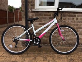 """Ladies Mountain Bicycle 15"""" 21 gears. Purchased brand new Apr 18. Used once. Genuine reason. £60"""