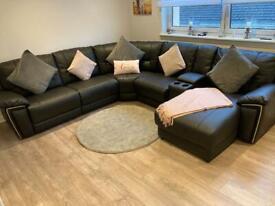 Black hedgemoor corner suite,sofa,couch from Harveys