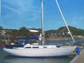 NICHOLSON 35 SAILING CRUISER RE-ENGINED, RE-RIGGED, LOVELY BOAT £36500