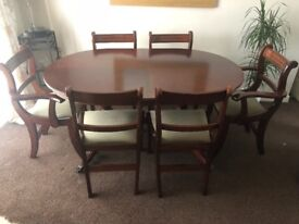 Mahogany extendable chain mechanism dinning table with 6 chairs