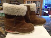 Clarks Infant Fur Lined Boots 5 1/2F