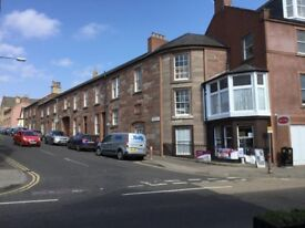 3 bedroomed flat for rent in Blairgowrie, private parking