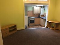 SPACIOUS STUDIO FLATS NEAR VALENTINES PARK. *RENT INCLUDES ALL BILLS*