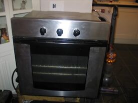 Indesit Built in oven - Enderby