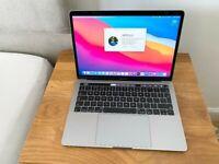 Apple MacBook Pro *2019* *TOUCHBAR* 13 inch RETINA Core i5 2.3 Ghz 8gb Ram 256GB SSD