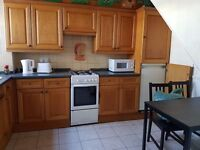 QUALITY DOUBLE ROOM TO RENT NEAR LIVERPOOL ST, ALDGATE INC BILLS FURNISHED VIEWING NOW CALL ME ASAP