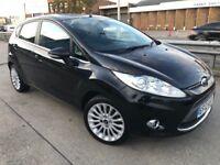 2012 Ford Fiesta automatic titanium low mileage