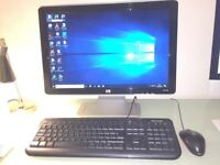 ** Reconditioned HP Compaq Pro Desktop with screen/ keyboard/mouse **