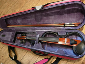 Yamaha electic violin SV120 -with FREE amp-superb condition for silent practice/amplified playing-
