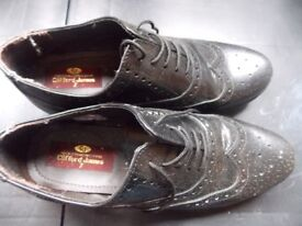 brogues size 7 boys