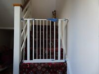 Lindam stair/doorway Safety Gate, Little Used and in Excellent Condition