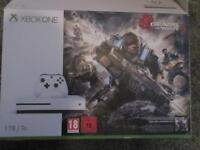 Xbox One S 1TB , Gears of War 4