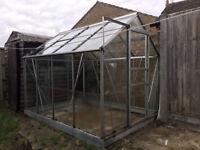 2.5m x 1.9m glass greenhouse - used