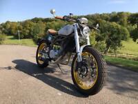 CCM Spitfire Cafe Racer 600cc