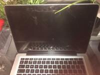 MacBook Pro 2010 Broken Screen