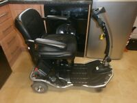 RASCAL LITEWAY FOLD AND GO CAR BOOT SIZED 6 wheeledMOBILITY SCOOTER IN MINT ALMOST AS NEW CONDITION,