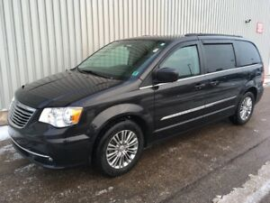 2014 Chrysler Town & Country Touring GREAT PASSENGER VAN WITH...