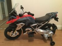 Kids BMW electric motobike (+ charger)