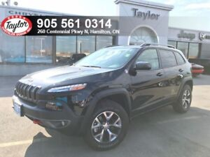 2018 Jeep Cherokee Trailhawk 4x4 V6 w/Remote Start, Power Driver