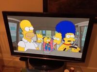 Panasonic 42 INCHES FREEVIEW PLASMA FULL HD 1080P TV WITH ORIGINAL REMOTE