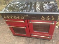 Red Range Master Gas cooker dual fuel....110cm. Mint free Delivery