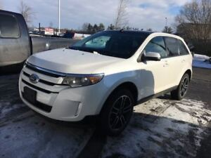 2014 Ford Edge SEL / AVIGATION / SUNROOF / HEATED SEATS