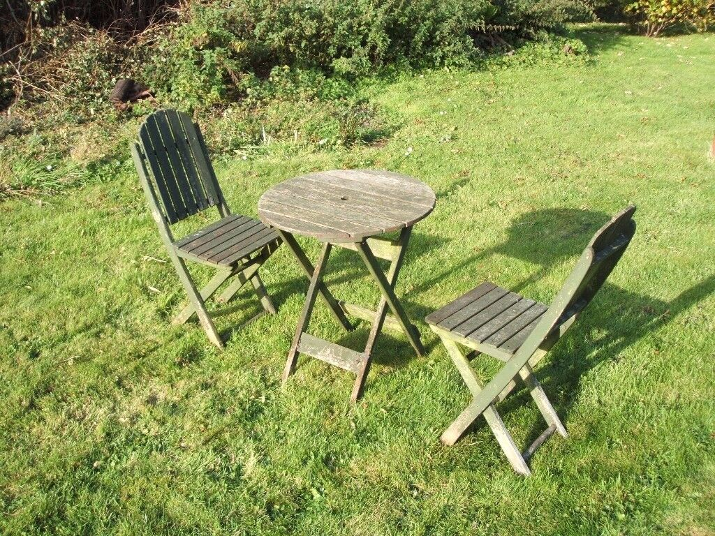 Fold away garden table and chairs