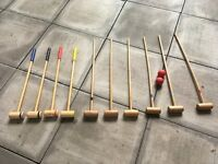 10 x Kids Croquet Mallets & 2 balls in Good Condition.