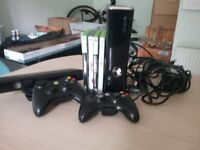 XBOX 360, Kinect, 2 wireless controllers and games
