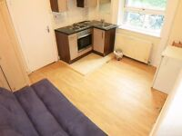 DOUBLE ROOM WITH KITCHEN INCLUDING BILLS CLOSE TO ARCHWAY & UPPER HOLLOWAY
