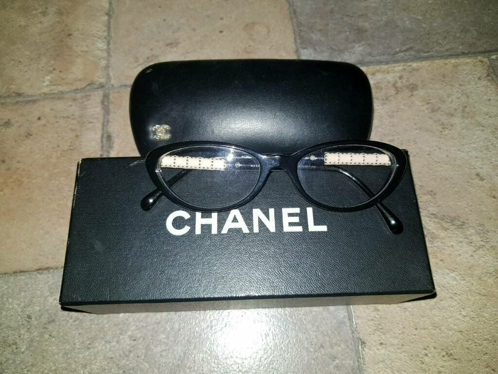 9ca081e4547 Vintage Style Women Eyewear Frames Genuine Chanel   3220 C501-52