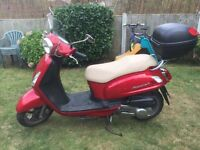 SYM FIDDLE 2 125CC 12 REG 2012 RED ONLY 3800 MILES HONDA ENGINE