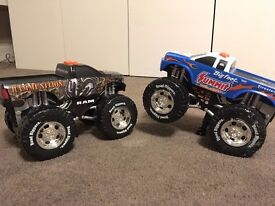 2x MONSTER TRUCK TOYS self driving with lights and sound