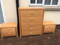 Maple Furniture - 5 drawer set with 2 matching bedside tables