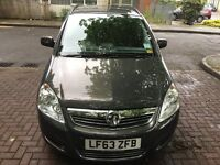 vauxhall zafira 2013 grey colour 38000 mils only £5200