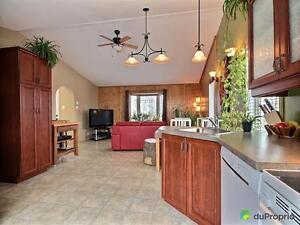 215 500$ - Bungalow à vendre à Alma Lac-Saint-Jean Saguenay-Lac-Saint-Jean image 2
